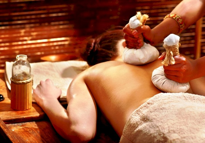 Immerse yourself in a range of Body Polishes Spa Therapies at Radisson Blu Goa
