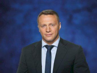 Yoel Razvozov takes over as Israel Tourism Minister